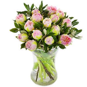 Bukett med tulpaner i milt rosa. Blommorna hittar du i Euroflorists onlineshop.